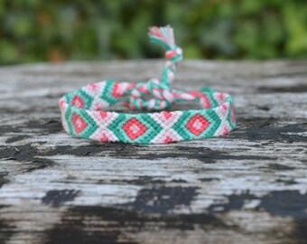 Chevron friendship bracelet, pink green friendship bracelet, cotton friendship bracelet, friendship bracelet chevron pattern (ready to ship)
