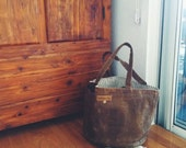 Waxed canvas bucket bag -- light brown, solid