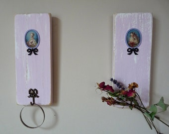 2 Hand made Hook - Little wooden panel with Medallion Marquise - Pink Decor - Romantic - Shabby chic - Frencvh Shabby