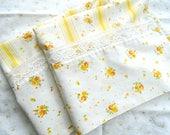 Sunny Yellow Floral Pillowcases / Set Of 2 / Vintage Pillowcases / Springmaid Pillowcases / Cottage Bedding / Yellow & Orange Flowers /Retro