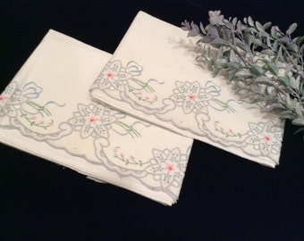 Vintage Floral Gray Edged Cut Work Embroidered Pillow Cases Set of 2, Vintage Embroidery, Vintage Linens