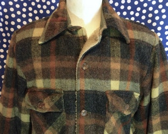 1960's-1970's thick lined wool button up shirt, medium