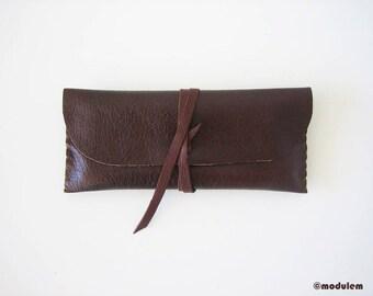 The Oxblood Pouch - dark burgundy brown leather pencil case, textured, cool, chic, handmade, wraparound wallet, étui en cuir brun, 3x7