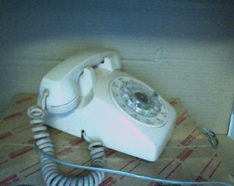Vintage Rotary Dial Telephone