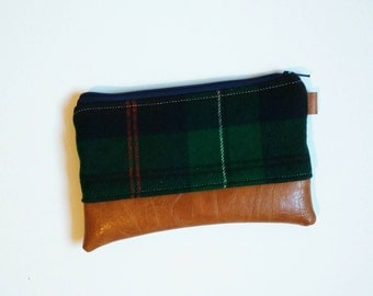 Plaid coin purse - green, black and navy