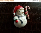 Christmas Sale Vintage Rhinestone Snowman Brooch Pin **  Retro Christmas Collectible Figural Pin ** Vintage Jewelry **