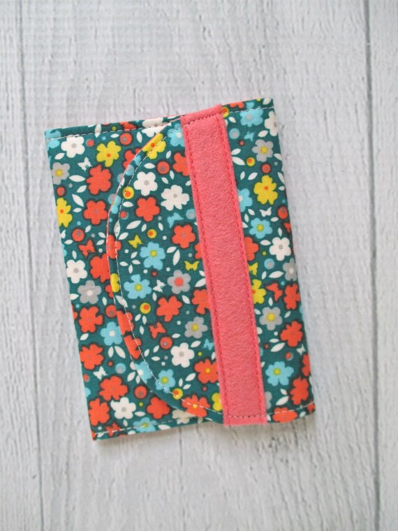 Gift Card Wallet. Vintage Floral Business Card Case. Emerald and Coral Card Case. Gift for Her. Gift Under 10.