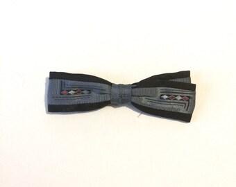 Vintage 40s 50s Blue Bowtie / Clip On Bow Tie / Rockabilly Bowtie