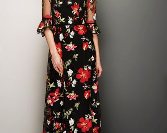 Floral lace maxi dress with high neck and sleeve ruffels