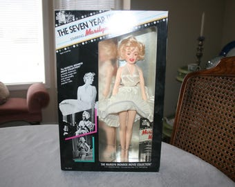 Vintage Marilyn Monroe Doll The Seven Year Itch White Dress 1982 20th Century Fox New In Box Unopened