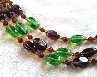 Vintage 50s Triple Strand Glass Bead Necklace. Green, Purple and Dark Topaz.