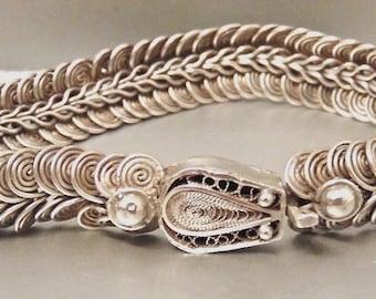 Antique 800 Sterling Silver Spiral Link Bracelet, 27.6 Grams, 1/2 inch wide, European Silver