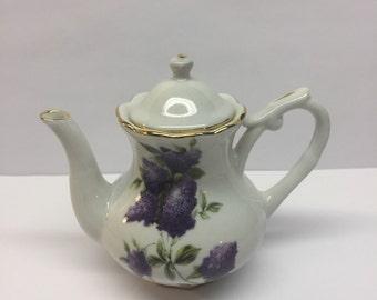Miniature Coffee Pot Lilac Nantucket