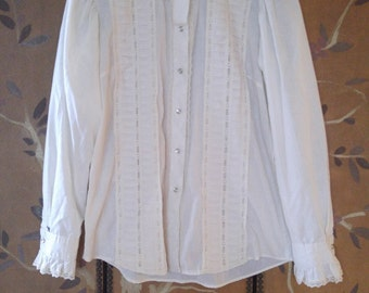 70s Ivory lacy Western shirt by Rockmount Ranchwear