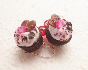 Valentine Cupcake Earrings. Polymer Clay.