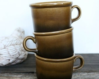 Irish Fine Earthenware, Made in Republic of Ireland, Set of 3 Ombre Coffee Mugs