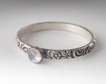 Dainty Moonstone Ring, Sterling Silver Floral Pattern Band with 3mm Moonstone, Natural Moonstone, June Birthstone Ring, June Jewelry