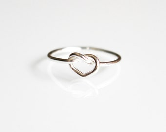 Love Knot Sterling Silver Ring, Dainty Stackable Ring, Midi Ring, Pinky Ring
