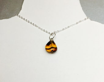 Vintage Amber Pendant, Tear drop shape Silver/Plated, item No. S356