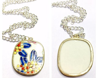 Hand Painted Porcelain Pendant/Necklace, vintage, silver tone, Clearance Sale, Item No. B309