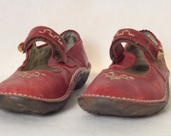 El Naturalista Red Leather Mary Janes Womens Shoes Made in Spain EU 39