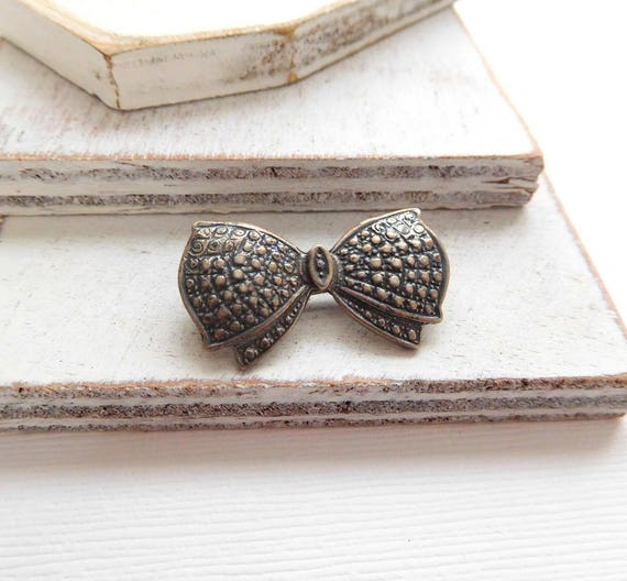 Vintage Small Faux Marcasite Silver Tone Victorian Revival Bow Brooch Pin N39