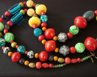 Colorful Vintage Teresa Goodall Designer Signed Hand Crafted Bead Necklace