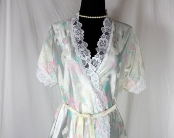 Vintage Elissia Pink Floral embroidered Robe Peignoir