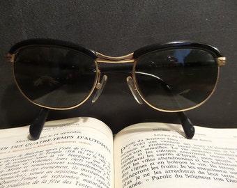 French 18K gold plated eye glasses. Vintage Retro Sunglasses