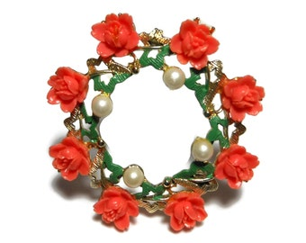 Coral rose circle brooch, coral roses and pearls form wreath pin with faux pearls rimming the inside, green enamel leaves, delicate pretty