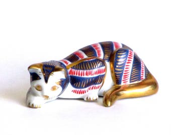 Franklin Mint Imari Style Cat Red Blue and Gold Porcelain Kitty Curio Cats Collection Gifts Collectible Gifts Under 25