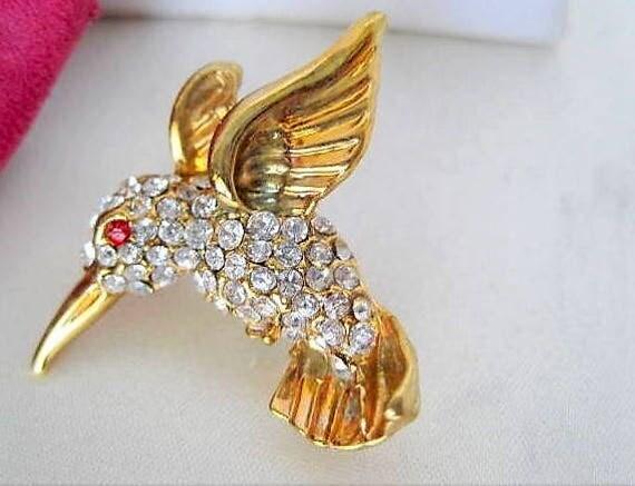 Hummingbird Brooch - Rhinestone Covered - Collectible Bird Pin