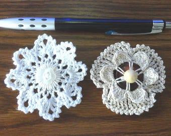 Button flowers #bf04 lot of 2 crochet appliques bouquet decoration adornment embellishment motifs wedding birthday