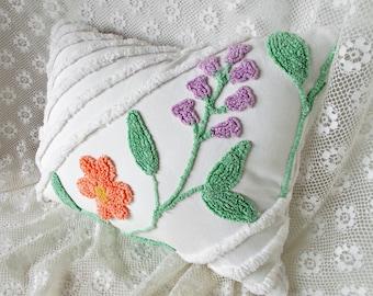 Chenille Pillow, Vintage Chenille, Accent Pillow, Cotton Pillow, Nursery Pillow, Throw Pillow,  Decorative Pillow, Chic Pillow, Pillow #A10