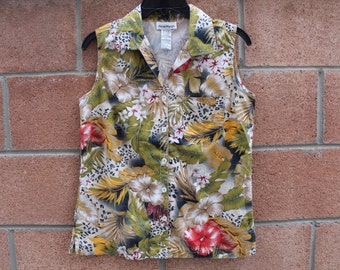 "38"" bust top with floral detail"