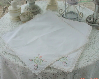 Vintage Embroidered Napkins White Vintage Romantic French Cottage Chic