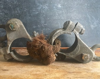 Vintage Industrial Heavy Metal Round Pipe Clamp