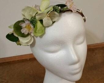 wedding accessories, bride haircrown, succulent hair crown ,boho bridal hair crown, woodland berry, ready to go, wedding, bridal headpiece