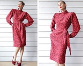 UNGARO 80s vintage red black graphic print pure silk long sleeve padded shoulder wrap waist knee length hourglass midi dress S