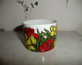 Vintage Swedish small bowl - Easter flowers - Iris and Daffodils