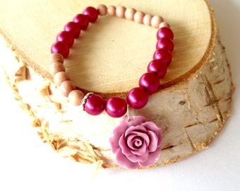 Pink fuchsia bracelet. Pretty bracelet. Fuchsia stretch bracelet. Stretch pearl bracelet. Charming bracelet. Linnepin010