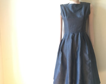Gray cotton midi dress | vintage 60s | size small