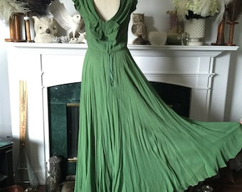 50s Sweeping Green Silk Chiffon Evenig dress