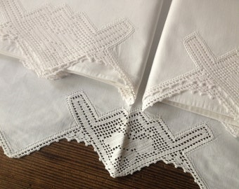 French White Linen Bed Sheet 2 Pillow Cases Antique Crochet Borders