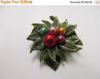 On Sale Vintage Molded Plastic Leaf Pin with Colored Faux Pearls Item K # 2765
