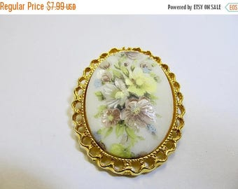On Sale Vintage Oval Floral Panel Pin Item K # 1471