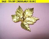 Goldtone leaf brooch, estate jewelry, vintage pin brooch, retro