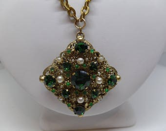 Gorgeous Vintage Green Crystal and Pearl Filigree Necklace