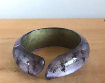 1980s Zandra Rhodes Purple and Gold Acrylic/ Lucite Bangle Bracelet Statement Jewelry