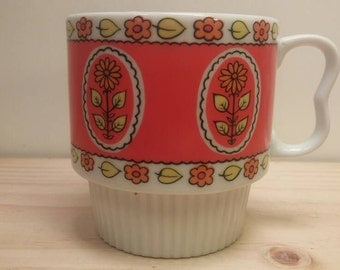 Pretty Vibrant Orange and Red Floral Themed Made in Japan Vintage Collectible Mug / Coffee Cup